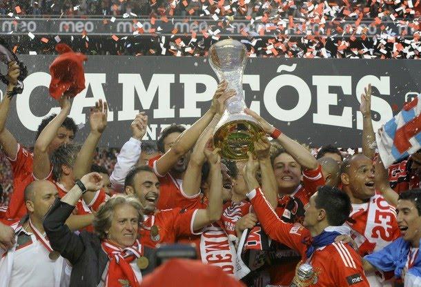Bolão Apertura CL 2012 Slbenfica_campeao_2010