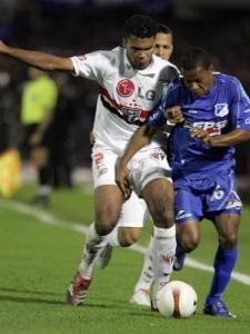Cúpula são paulina acredita que bom futebol de Breno voltará apenas se ele retornar ao clube que o revelou (Foto: Getty Images)