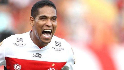 Cléber Santana pode voltar a defender as cores do Avaí em 2013 (Foto: Alexandre Vidal/Fla Imagem)