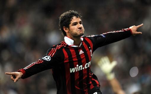 Alexandre Pato será a mais nova opção no ataque alvinegro (Foto: Getty Images)