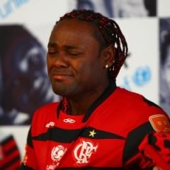 Adeus dolorido: Flamengo não cumpre o combinado, e Vágner Love terá que voltar para a Rússia (Foto: Daniel Ramalho/Uol Esportes)