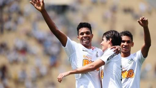 Santos venceu o Goiás e venceu a Copinha (Foto: Marcos Ribolli / Globoesporte.com)