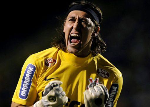 Recuperado de lesão, Cássio pode voltar ao gol do Timão no clássico (Foto: Júnior Lago/Reuters)