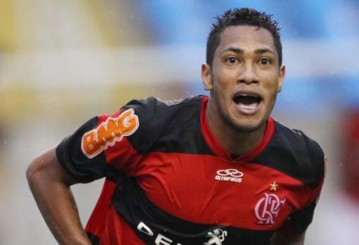 Hernane é o artilheiro do Fla em 2013. com 7 gols (Foto: Marcio Mercante /Agência O Dia)