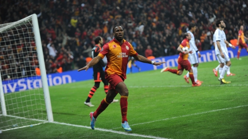 Monstro no título do Chelsea, Dorgba quase garante o Galatasaray de forma surpreendente (Foto: Getty images)