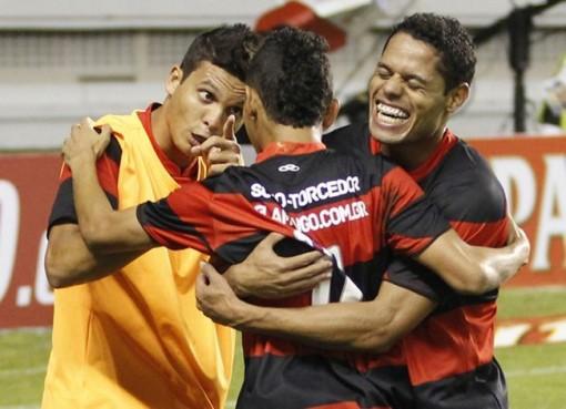 Rafinha foi o autor do gol flamenguista (Foto: Ney Marcondes/VIPCOMM)