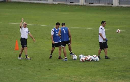 """Bianchi ensaiou um """"4-4-1-1"""" no treino tático do Boca.  (Foto/Reprodução: Diário Olé)"""