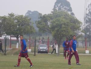 Corrêa e Matheus realizam treino antes da final (Foto: Camila Andrade)