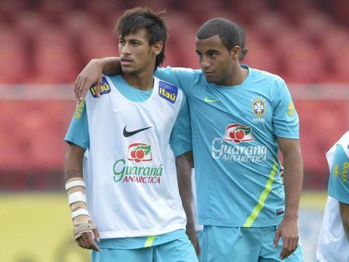 Juntos, Neymar e Lucas são a esperança brasileira em 2014 (Foto: Ricardo Matsukawa/Terra)