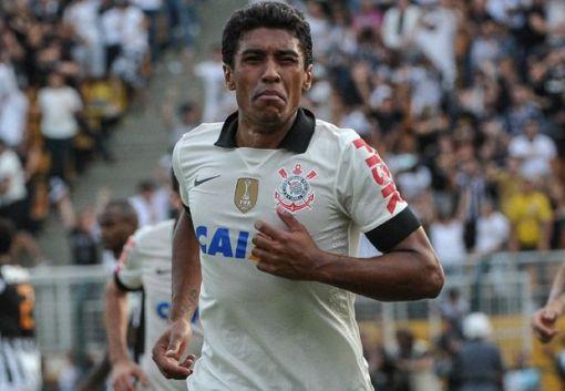 Corinthians anuncia saída de Paulinho (Foto: goal.com)