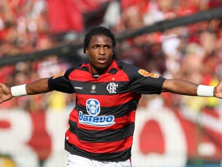 Diego Maurício está muito próximo de vestir a camisa do Sport ( Foto: Fábio Castro/ Agif /Gazeta Press)