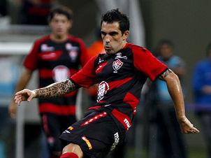 Escudero ainda é dúvida para o Ba-Vi (Foto: Felipe Oliveira / Divulgação)