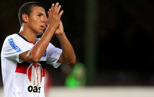 Meia credita a boa campanha do time, ao grande trabalho de Cristovão Borges (Foto: Divulgação/ Site oficial do clube).