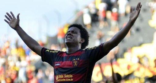 Com quatro gols, Rithely é o vice-artilheiro do Sport na Série B (Foto: Divulgaçaõ/ Site oficial do clube)
