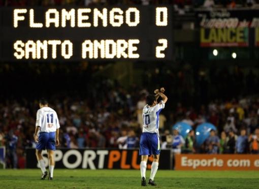 Santo André calou mais de 70 mil flamenguistas em 2004 (Foto: estadao.com.br)