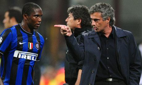 Eto'o e Mourinho esperam reviver conquistas, mas agora pelo Chelsea (Foto: Getty images)