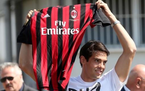 Kaká, de volta ao Milan, será mais um bom negócio do clube de Milão?  (Foto: AP)